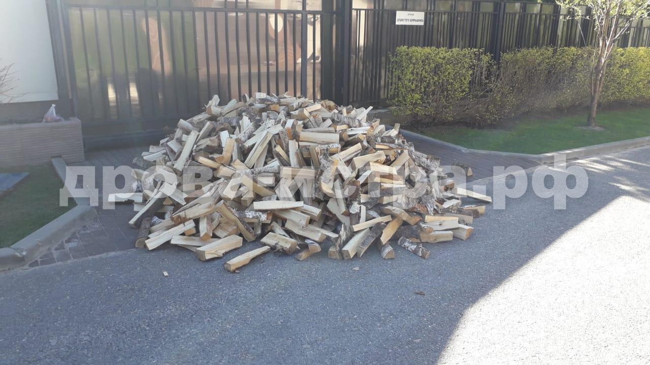 3 м³ берёзовых дров в д. Карцево, Истринский р-н