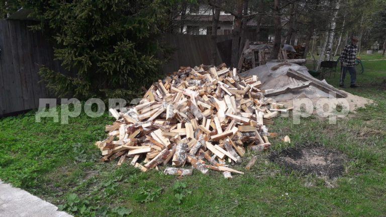 4 м³ берёзовых дров в д. Марково-Курсаково,  Истринский р-н