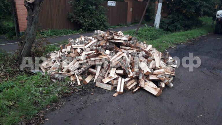 4 м³ берёзовых дров в д. Алехново, г.о. Истра